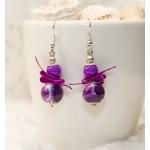 Sølv øredobber med lilla perler og lilla bånd