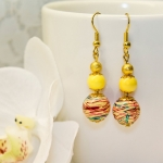 Øredobber med gule og gylden stardust perler