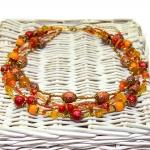 """""""Høst Stil"""" - Antikk gylden tre rader halssmykker med røde og oransje treperler"""