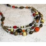 """Vintage Stil"" - Antikk bronse tre rader halssmykker med røde, oransje og gylden perler"